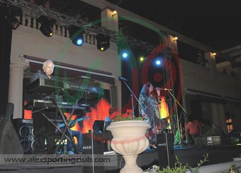 حفل فرقة المصريين 15-4-2011 لجنة الحفلات